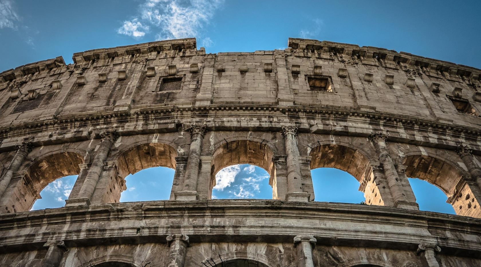 Cosa vedere a Roma - Colosseo - Hotel Raffaello Roma 3 stelle